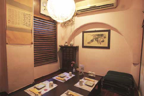 SEOUL FEEL: Traditional seating adds to the exotic dining experience at Gung The Palace
